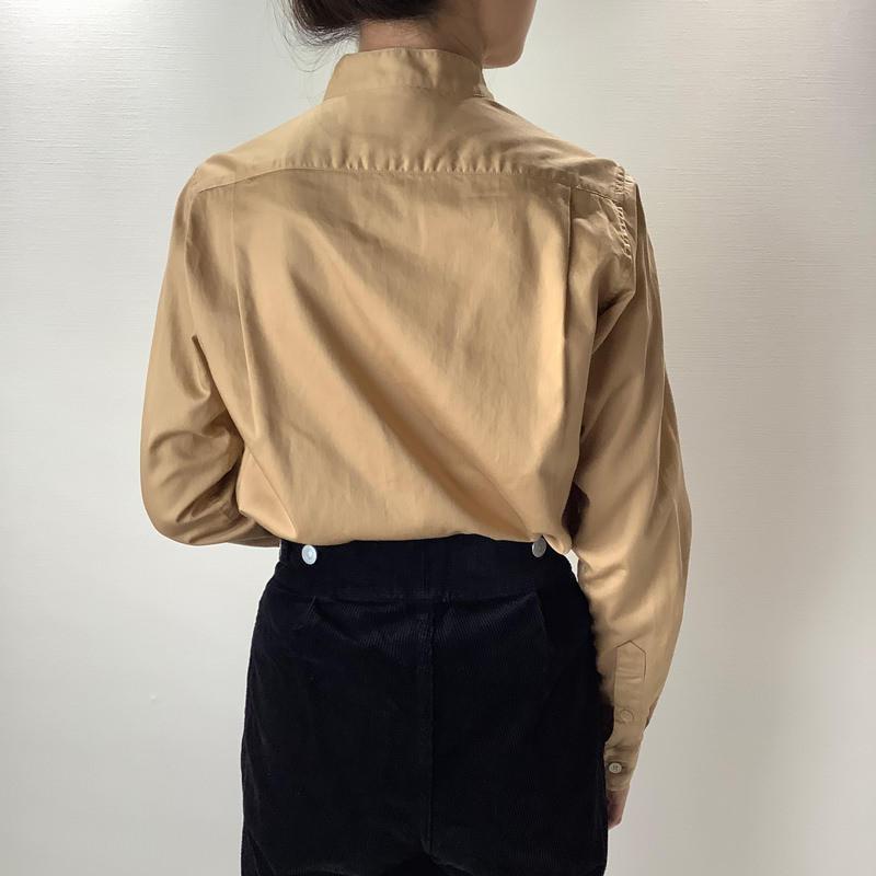タックシャツ ベージュ