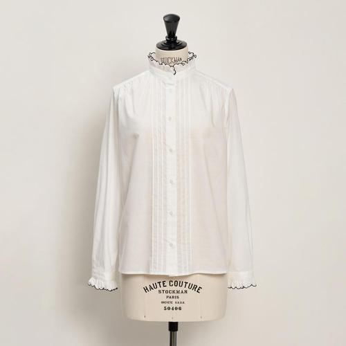 スカラエンブロイダリーシャツ ホワイト×ネイビー